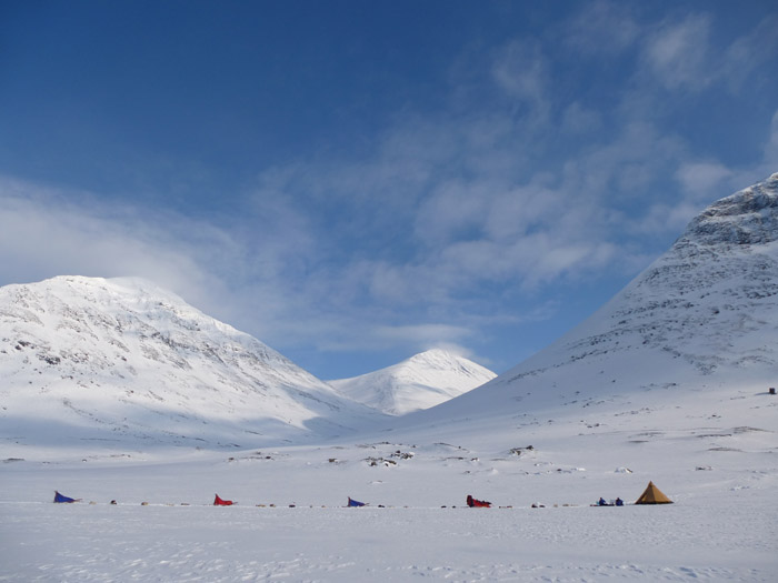 Dogsledding in Sarek 2